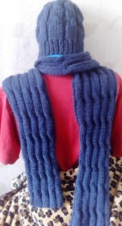 Мужской комплект шапка и шарф вязаные спицами ручной работы на заказ