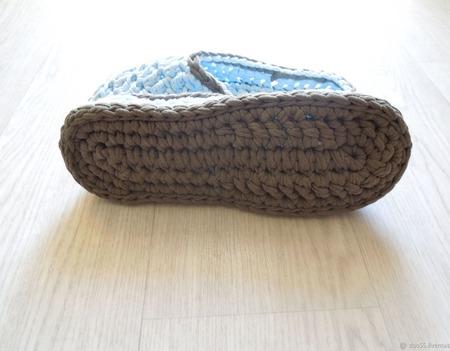 Домашние тапочки из трикотажной пряжи ручной работы на заказ