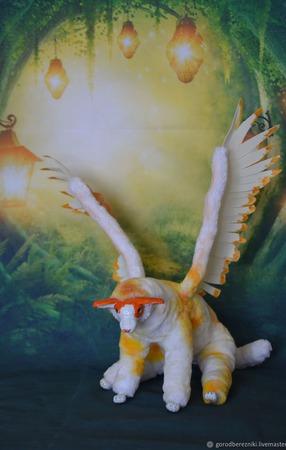 """Авторская игрушка """"Ксаа, айс или крылатый кот"""" ручной работы на заказ"""