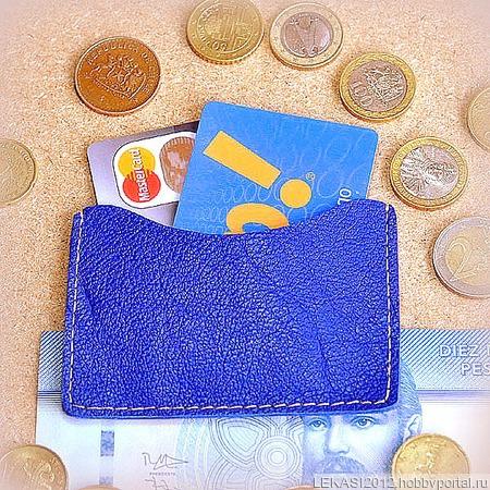 Синий кожаный картхолдер ручной работы на заказ