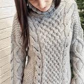 """Вязаный свитер """"Косы"""" крупной вязки"""