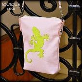"""Женская кожаная нежно-розовая сумка """"Iquique"""" Rosa"""