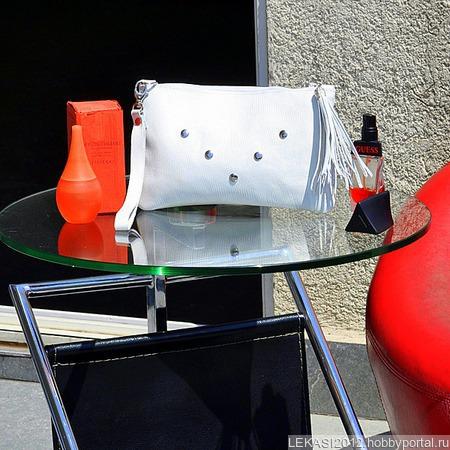 """Белый кожаный клатч """"Claudia"""" ручной работы на заказ"""
