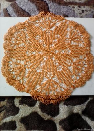 Салфетка кружевная оранжевая ручной работы на заказ