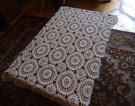 Скатерть вязаная на журнальный столик ручной работы на заказ