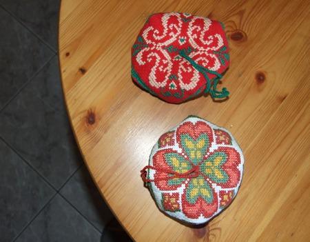 Бискорню (игольница) ручной работы на заказ