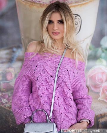 Вязаный летний свитер с открытыми плечами ручной работы на заказ