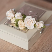 Ободок с маленькими розами