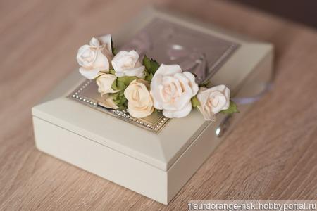 Ободок с маленькими розами ручной работы на заказ