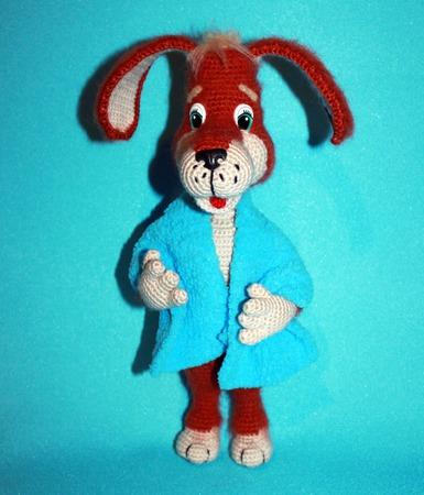 Игрушка вязаная Рыжий пёс ручной работы на заказ