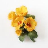 Брошь яркая желтая оранжевая примула из фоамирана