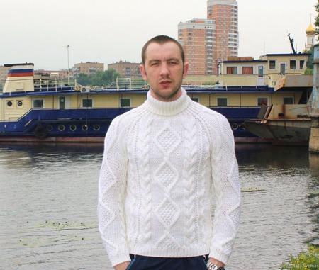 """""""Добрый"""" свитер ручной работы на заказ"""