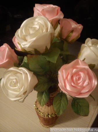Розы в вазе ручной работы на заказ