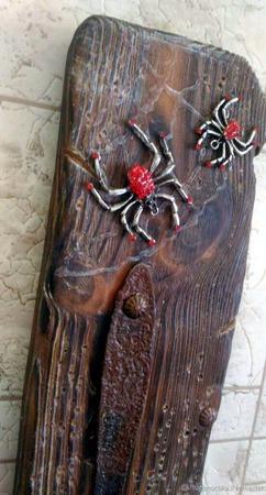 Оригинальный подсвечник из дерева ручной работы на заказ