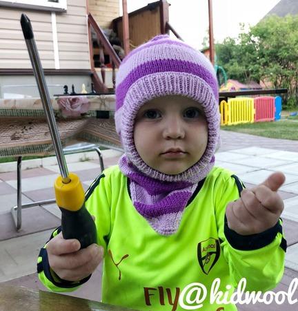 Детская шапка шлем «Сирень» ручной работы на заказ