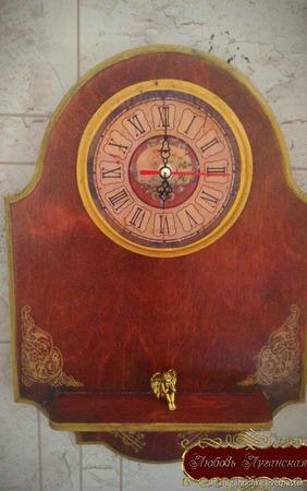Часы настенные интерьерные ручной работы на заказ