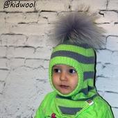 """Вязаный детский шлем """"Мята"""" с помпоном"""