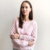 Модный вязаный свитер ручной вязки в Питербурге