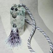 Сотуар Бело-сиреневый с хвостиком