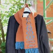 Вязаный шарф теплый плотный коричневый с орнаментом