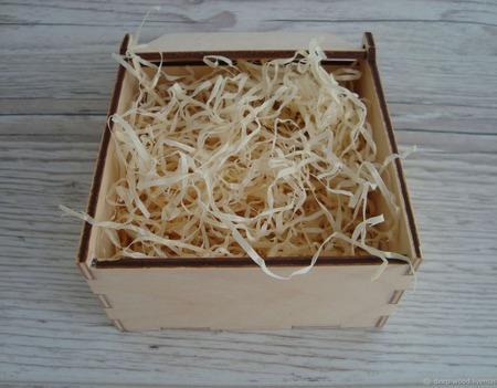Подарочная коробочка из дерева ручной работы на заказ