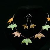 Набор украшений с кленовыми листьями