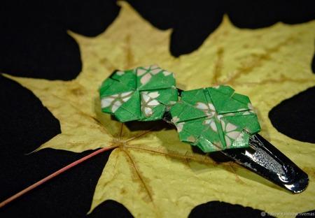 Заколки-невидимки с клеверными листиками ручной работы на заказ