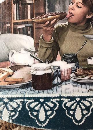 "Кухонная доска разделочная ""Настало время для счастья"" ручной работы на заказ"