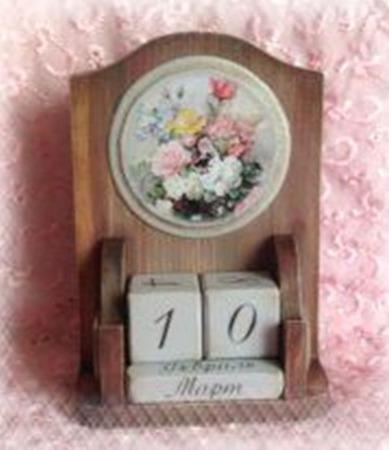 """Настольный вечный календарь """"Садовые цветы"""" ручной работы на заказ"""