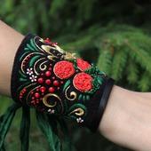 Браслет текстильный с вышивкой Хохломские завитушки