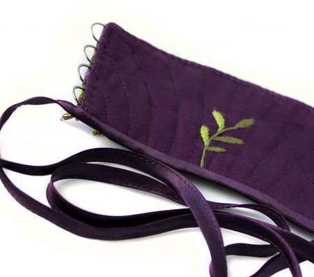 Браслет текстильный с объемной вышивкой Где-то в цветочной долине ручной работы на заказ