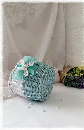Корзинка плетеная 'Мята в горошек' ручной работы на заказ