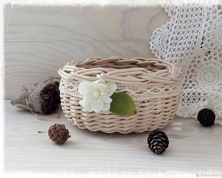Корзинка плетеная Цвет яблони ручной работы на заказ