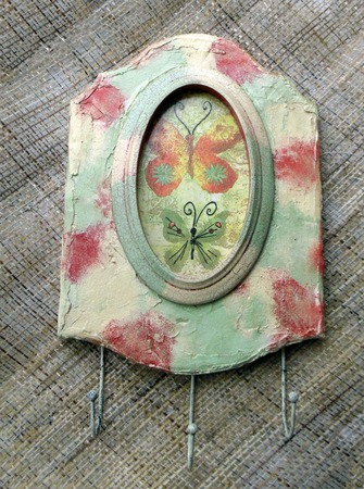 Вешалка-ключница Бабочки ручной работы на заказ
