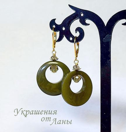Серьги из ореха тагуа оливковые ручной работы на заказ