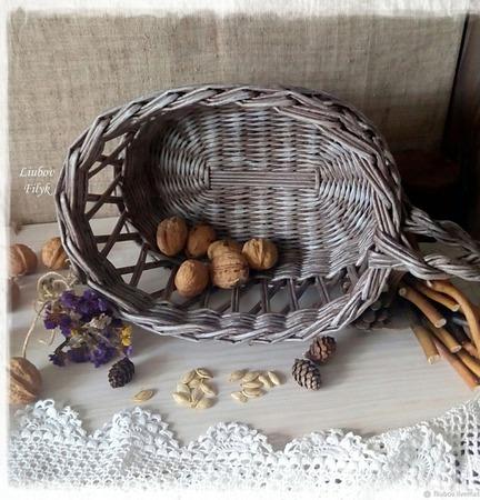 Плетеная корзина ажурная 'Старинная' ручной работы на заказ