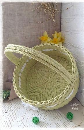 Корзина плетеная 'Весенняя' ручной работы на заказ