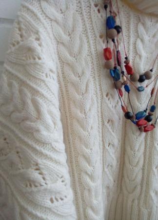 Теплый свитер на зиму в стиле бохо ручной работы на заказ