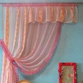 Ассиметричная, прозрачная штора с ламбрекеном нежно-розового цвета