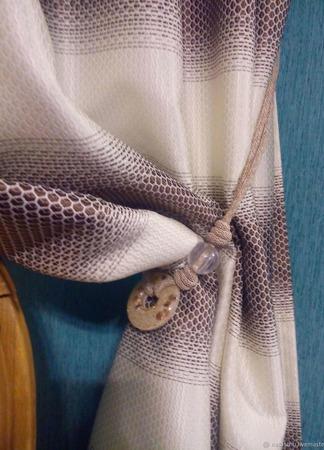 Две фактурные портьеры с молочно-коричневыми полосами ручной работы на заказ