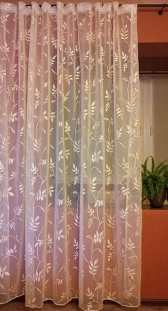 Тюль с листочками ручной работы на заказ