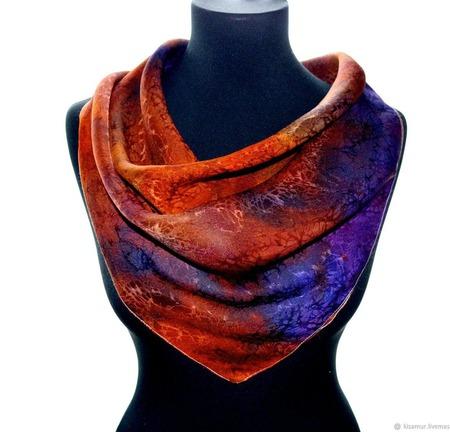Платок шелковый жаккард оранжево фиолетовывый с синим ручной работы на заказ
