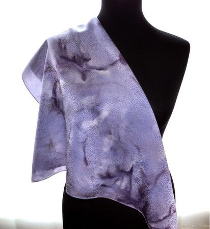 Платок шейный шелковый серо сиреневый жаккард ручной работы на заказ