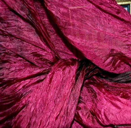 Шарф малиновый с бордовым, палантин подарок женщине ручной работы на заказ