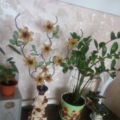 Интерьерная композиция из бисера для напольной вазы