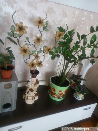 Интерьерная композиция из бисера для напольной вазы ручной работы на заказ