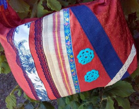 Сумка тканевая через плечо с молнией и кармашком ручной работы на заказ