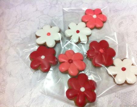 Пряники цветочки 6 см ручной работы на заказ