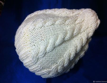 Шапка с косами белая Меринос кашемир шелк ручной работы на заказ