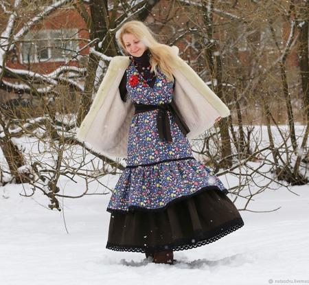 Джинсовое платье-сарафан с подъюбником. Бохо платье. ручной работы на заказ